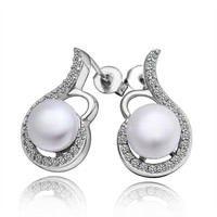 Lady's Symphony Do-Re-Mi Musical Note Imitation Pearl with Clear Stones Brass Stud Earring