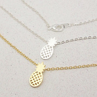 New Arrival Gold and Silver Dainty Pineapple Pendant Necklace for Women Party Gift Cute Fruit Necklace N183