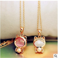 2 pcs/set(white/pink) fashion sweet Statement Cute Lucky Cat Opal Short pearl bow Pendant Necklace jewelry for women = 1669446276