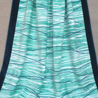 Green Wave Printed Beach Towel
