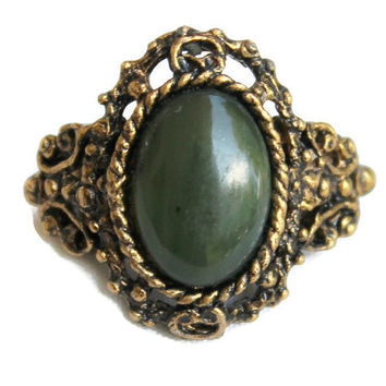 Vintage Faux Dark Green Jade Ring In Antique Gold Tone Victorian Edwardian Style Adjustable