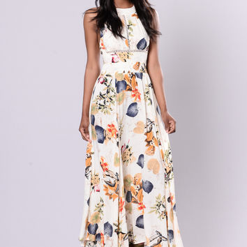 Great Lengths Dress - Ivory Floral