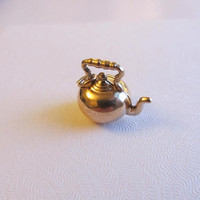 10k Gold 3D Hollow Kettle Pot Charm Pendant - 1.31g