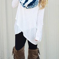 White Long-Sleeved Loose  Shirt