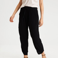 AE TAPER LEG PANTS, Black