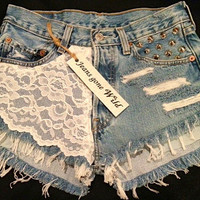 LACE High waist destroyed denim shorts super by jeansgonewild