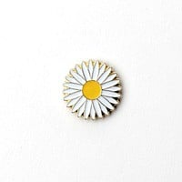 Gold Daisy- Magnetic Lapel Pin