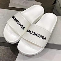 Balenciaga new letter logo simple men's and women's outer slippers Shoes White