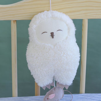 Snowy owl Hedwig, musical soft toy, baby music box