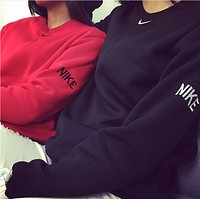 Nike new autumn and winter multicolor alphabet embroidery simple sports hood hooded sweater