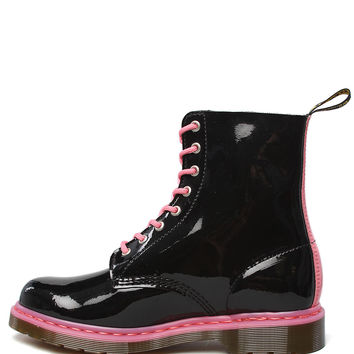 Dr. Martens Boots Pascal 8-Eye Pink Laces in Black Patent
