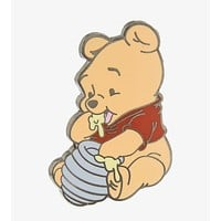 Disney Parks Baby Winnie the Pooh Pin New with Card