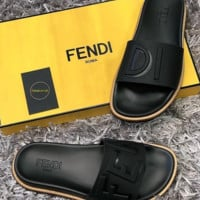 Black FENDI Roma Fashion Casual Slipper