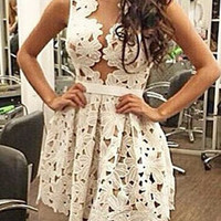 White Lace Sleeveless Floral Dress