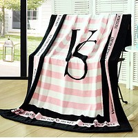 Pink Victoria Secret VS Printed Comfortable Soft Fleece Warm Travel Blanket Sofa Cover