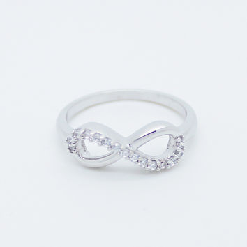 Infinity II sterling silver ring