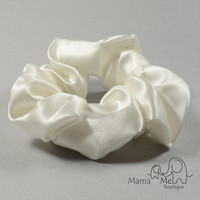 Silk hair scrunchie, white, ivory, no dye, 100% mulberry charmeuse, Hypoallergenic Sensitive hair care, gift for mom..hs1