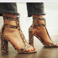 Hot style is a hot seller in summer with zipper front chunky heels