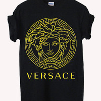 versace gold logo Screenprint 100% soft cotton t-shirt For girl and men Unisex