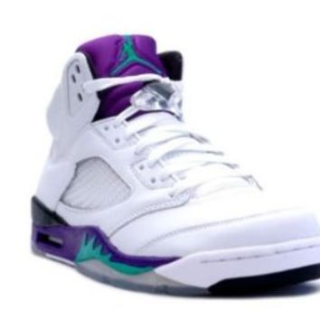 Mens Nike Air Jordan 5 Retro Basketball Shoes GRAPES White / New Emerald Grape / Ice / Black 136027-108 Size 10