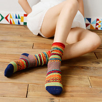 Vibrant Tribal Pattern Extra Thick Socks