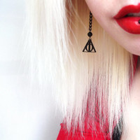 Harry Potter Deathly Hallows Drop Earrings Pair Black Crystal Chain Detail