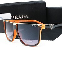 Vogew PRADA hot-selling sunglasses for women are big frames in matching colors