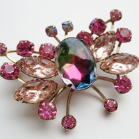 Vintage 60s Gold Cathe Heliotrope Watermelon Pink Rhinestone Butterfly Brooch Pin