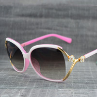 Hollow Out Ladies Sunglasses [11405211151]
