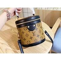 LV hot seller of printed patchwork color lady shoulder bag and a hot seller of casual bucket bag Brown