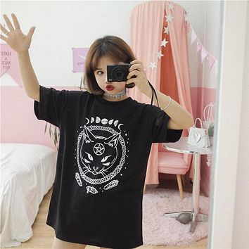 Gothic Moon Phase Cat Printed T-Shirt
