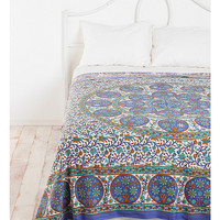 Floral Sphere Tapestry Throw - Urban Outfitters