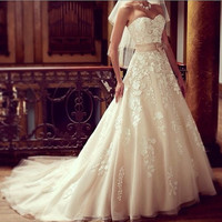 2014 Sweetheart Appliques Champagne Tulle Wedding Dresses/Wedding Gown/Bridal Dress/Bridal Gown/Lace wedding dress/Custom made/Cheap