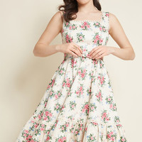 Collectif x MC Passion for Poise Midi Dress in Ivory Floral