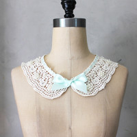Prim Necklace in Mint