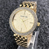 MK Michael Kors Fashionable Ladies Chic Diamond Business Movement Watch Wristwatch Golden