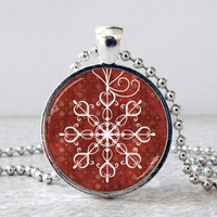 Snowflake Glass Pendant Necklace, Snowflake Glass Art Pendant, Snowflake Jewelry, Winter Jewelry, Christmas Present, Holiday Gift