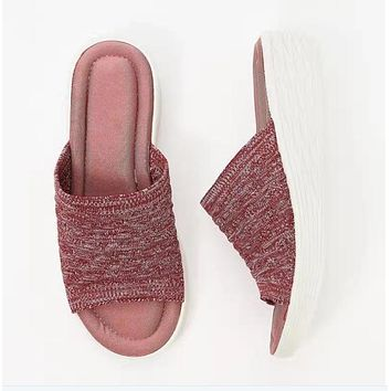 New style sandals and slippers, flat-bottomed thick-soled flying weaving women's slippers