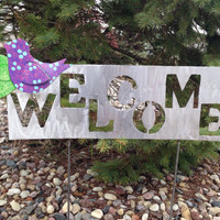 Metal Garden Art Welcome Yard Sign with Blue, Purple, Pink Bird and Polka Dots