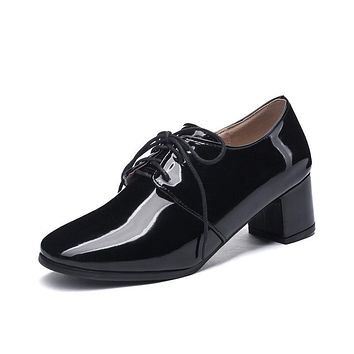 Lady Lace Up Patent Leather Oxford Shoes British Style Mid Rough Heels