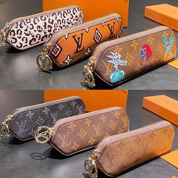 LV Louis Vuitton new letter printing pattern pencil case cosmetic brush bag