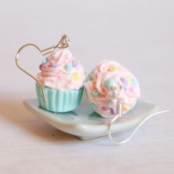 Pastel pink and mint cupcake earrings made of Polymer clay