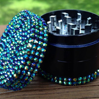 GRINDER -- Iridescent bLUE/GREEN top/bottom