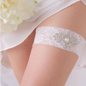 Woman's Wedding Party Leg Garter Bridal Lace Garter With Crystals Leg Ornament jw010 (Color: White) = 1932734148