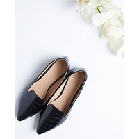 Crocodile Pointed Toe Loafers