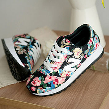 Fashion Casual Multicolor Floral Print N Words Thick Bottom Sneakers Women Running Shoes