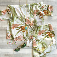 Sirena Tropical Crop Top