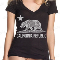 California Republic Vintage White Bear Women's V-Neck T-shirt California Shirts Graphic Tee  Many Colors and Sizes!