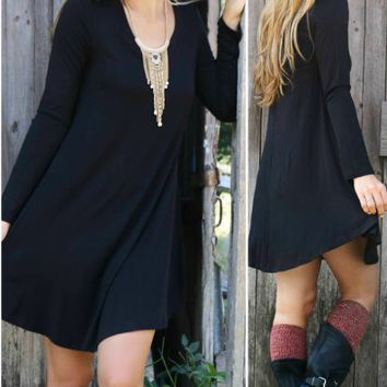 Black Big Hem Round Neck Dress
