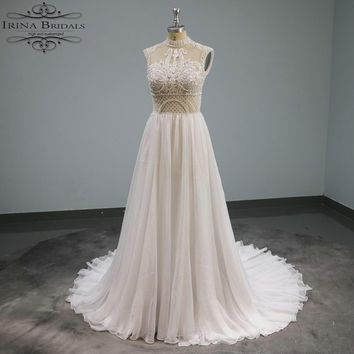 Irina Birdals Covered Neck A-line Lace Appliqued Flowing Beach Bridal Dress 2019